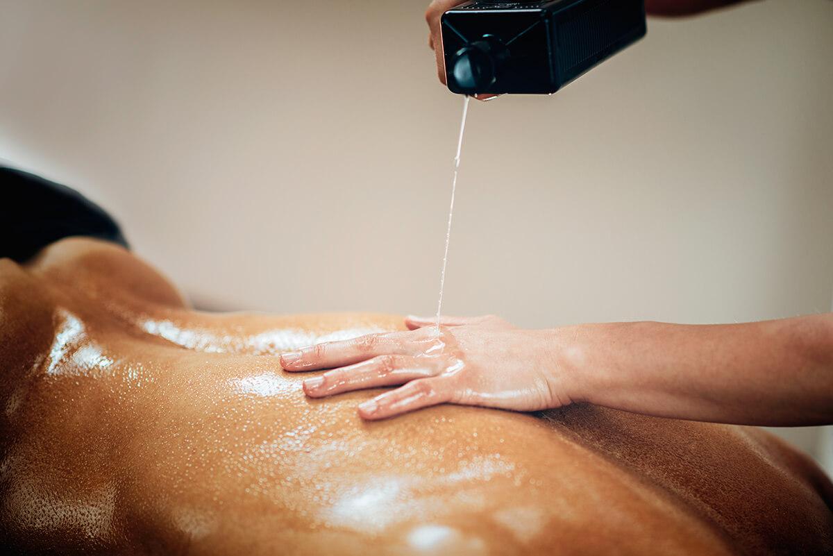 Recenzia masážnych olejov Tomfit: Z ponuky od Tomfit si vyberie každý